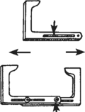 Triplay en forma de L con un agujero recortado en el lado largo, los extremos largos del triplay atornillados juntos.